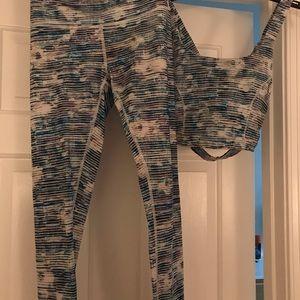Lululemon Yoga/ exercise outfit
